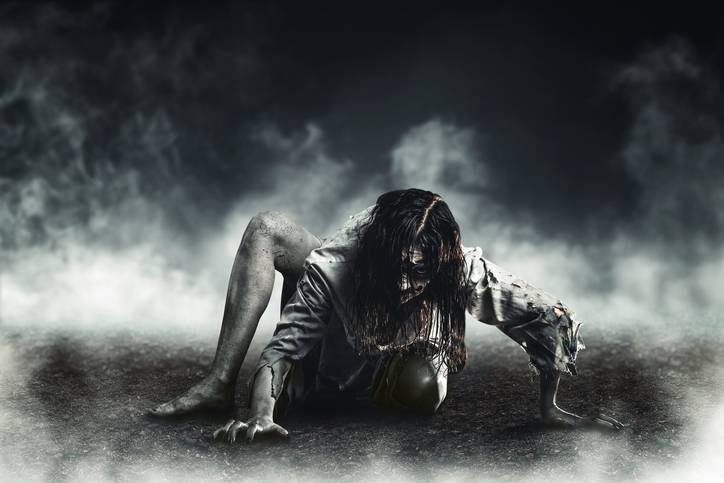 watch horror movies