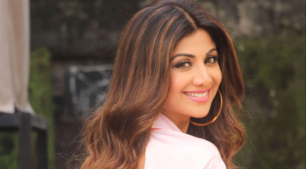 Shilpa Shetty Is Truly The Sexiest Cupid Ever - Goodtimes -5567