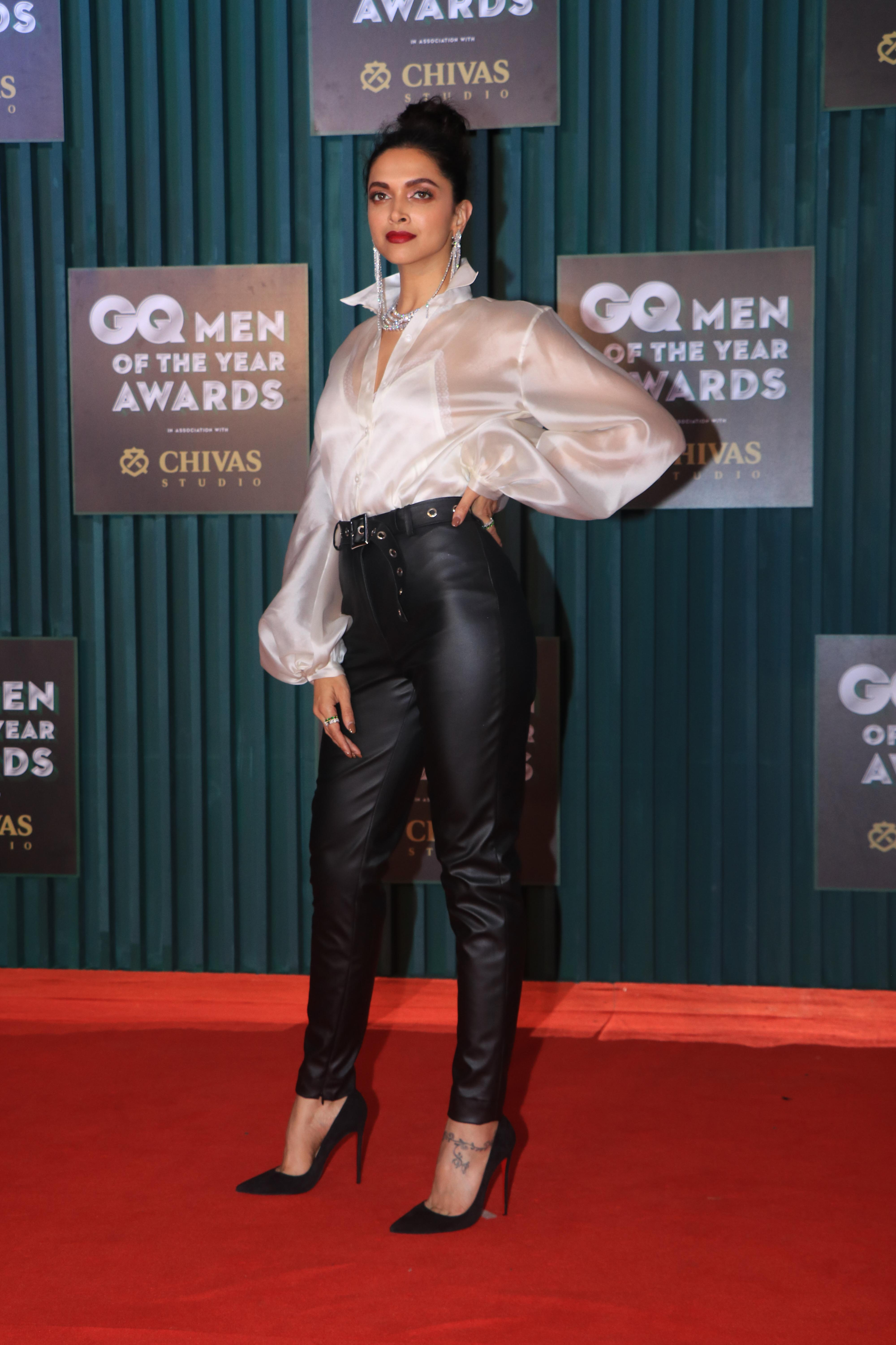 Glitz And Glamour Rule The Red Carpet At The GQ Awards ...