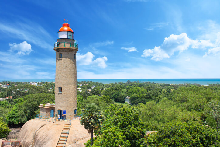 6 Lighthouses In India That Need To Be On Your Bucket List