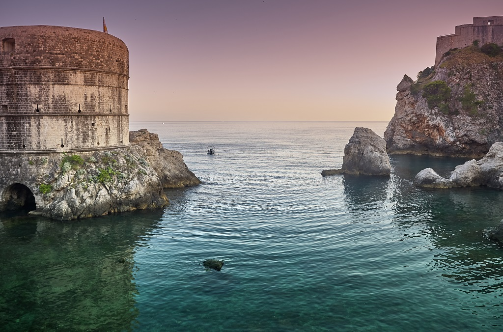 6 'Game Of Thrones' Locations That Need To Be On Your Travel Bucket List
