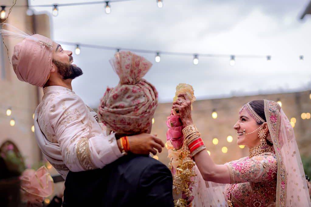 7 Ways A Destination Wedding Will Save You Money