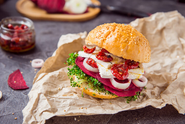 Cheese Burger with Beetroot