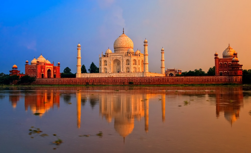 This Rule Prohibits You From Visiting The Taj Mahal For Long Hours - GoodTimes: Lifestyle, Food, Travel, Fashion, Weddings, Bollywood, Tech, Videos & Photos