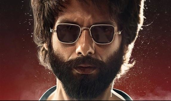 Movie Review: Shahid Kapoor Steals The Show In & As The Highly Toxic 'Kabir Singh'