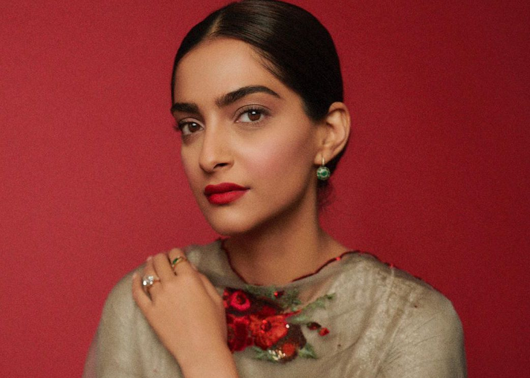 After Shah Rukh & Messi, Sonam Honoured With A Star At Dubai's 'Walk Of Fame' - GoodTimes: Lifestyle, Food, Travel, Fashion, Weddings, Bollywood, Tech, Videos & Photos