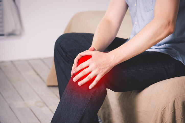 Suffering From Rheumatoid Arthritis? This Is What You Should & Shouldn't Eat