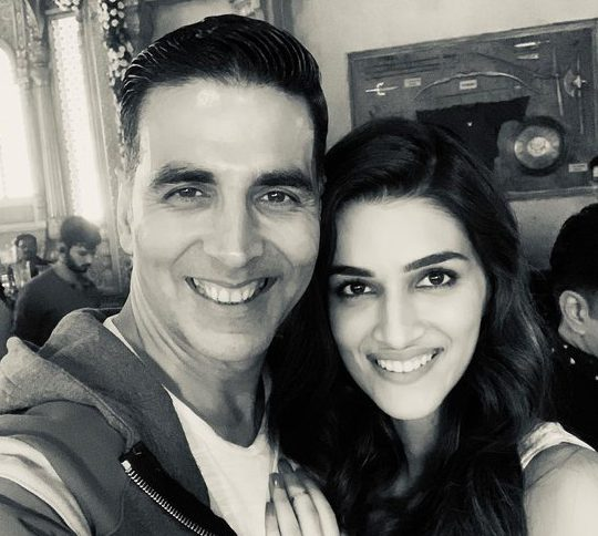 Akshay Kumar Has Just Dropped Two New Posters From His Upcoming Film - GoodTimes: Lifestyle, Food, Travel, Fashion, Weddings, Bollywood, Tech, Videos & Photos