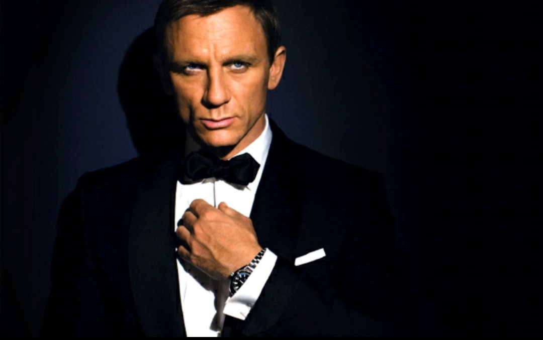 Daniel Craig Suits Up For One Last Time In 'No Time To Die', As First Poster Is Out - GoodTimes: Lifestyle, Food, Travel, Fashion, Weddings, Bollywood, Tech, Videos & Photos