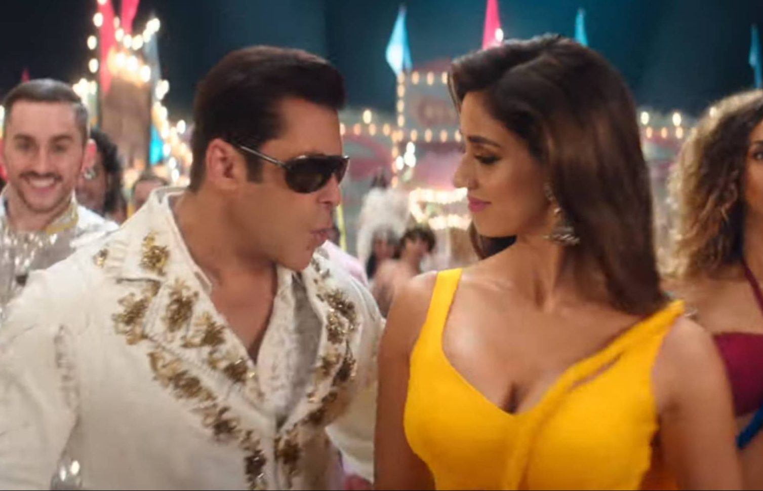 Superstars Akshay Kumar & Salman Khan To Clash At The Box-Office On Eid 2020 - GoodTimes: Lifestyle, Food, Travel, Fashion, Weddings, Bollywood, Tech, Videos & Photos