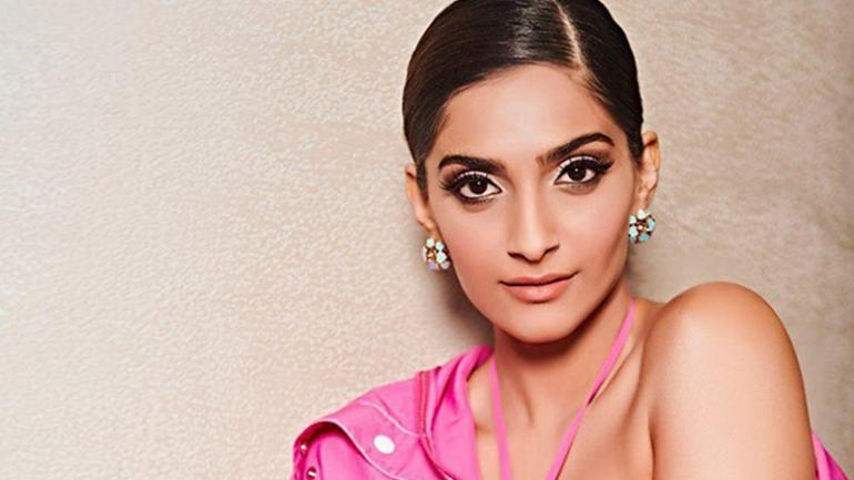 Sonam Kapoor Reveals Interesting Details About Anand Ahuja & Her Next Project - GoodTimes: Lifestyle, Food, Travel, Fashion, Weddings, Bollywood, Tech, Videos & Photos